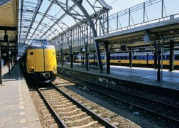 Железнодорожные и речные перевозки в Амстердаме