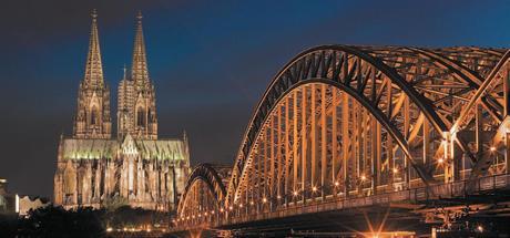 Мост через Рейн в Кельне и знаменитый собор